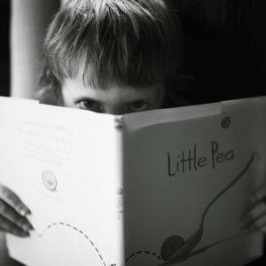 音読が苦手な小学生が練習のコツをつかんでうまくなった結果 Photo by frank mckenna on Unsplash